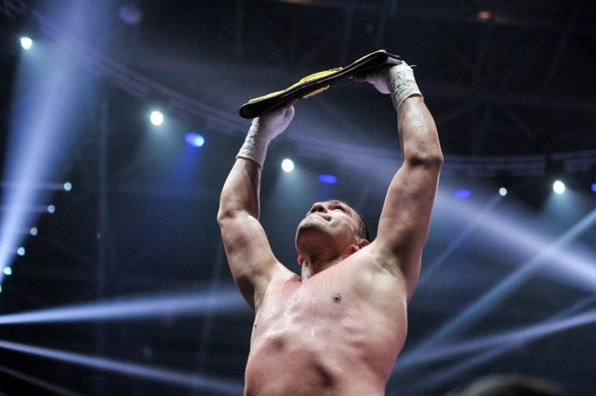 Кобрата ще се бие за световната титла