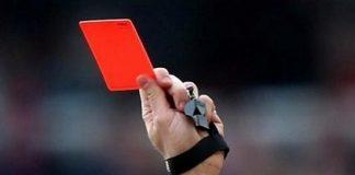 червен картон