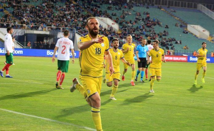 УЕФА разследва България